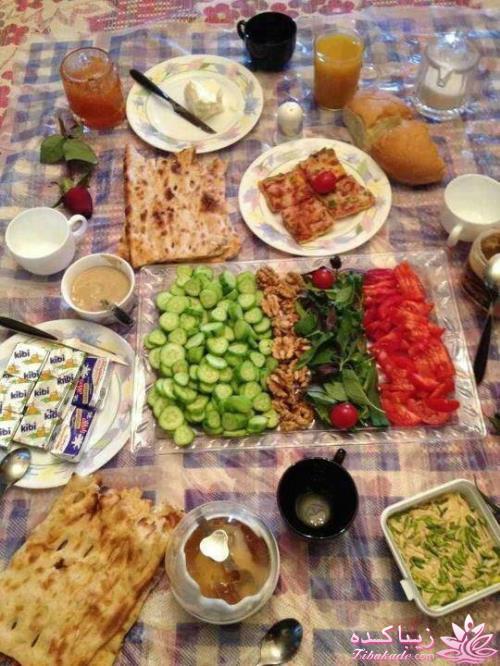 انواع صبحانه | صبحانه کامل اینم یه صبحانه سنتی ایرانی - زیباکده